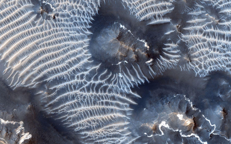 A Noctis Labyrinthus