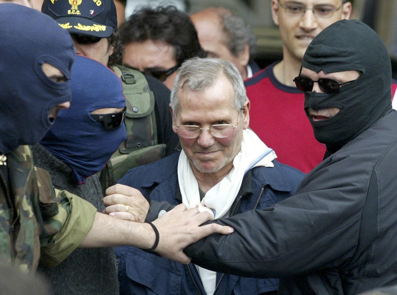 A maffia és a terroristák a Covid–19-járvány vámszedői